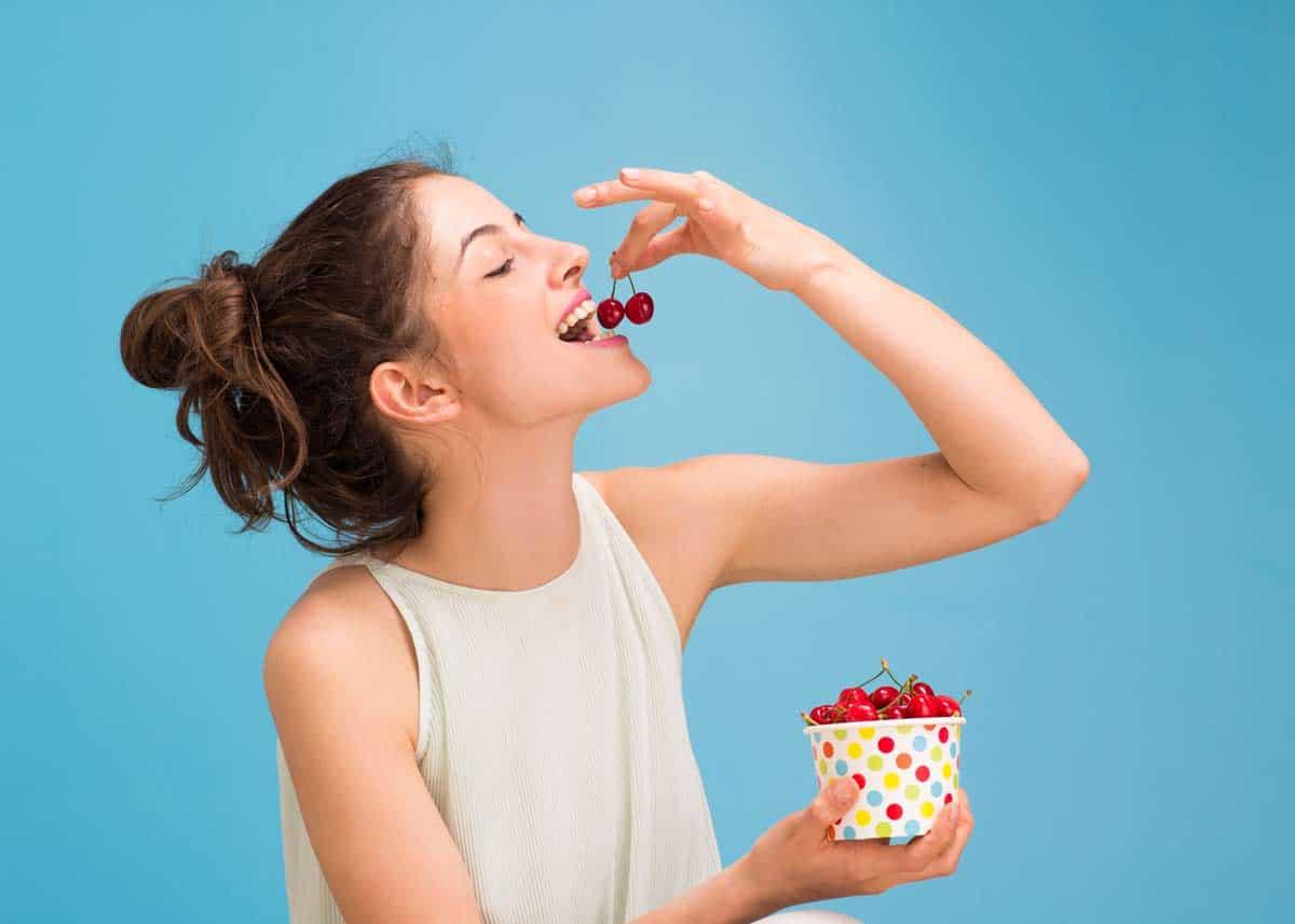 comer cerezas